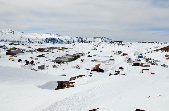 Descubrí los secretos de Copahue, el destino más parecido a la Antártida