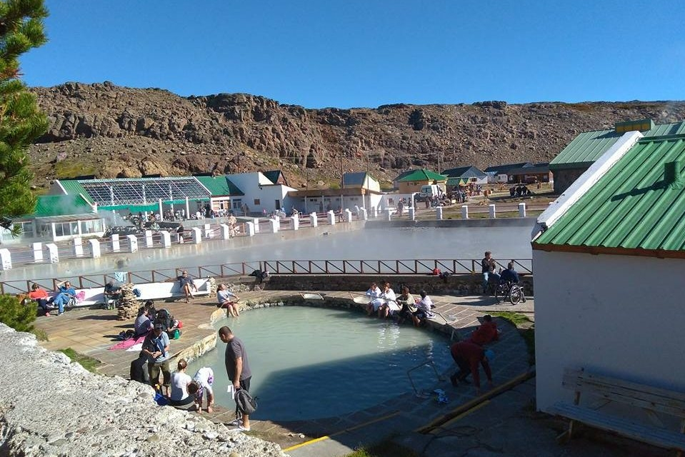 """Las """"aguas milagrosas"""" de Copahue - Neuquén"""