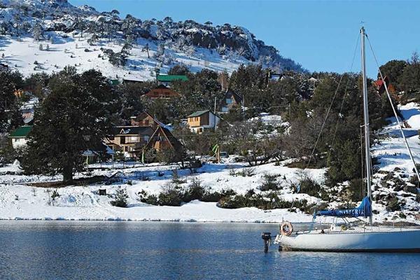 Villa Pehuenia: una aldea suiza en la Patagonia